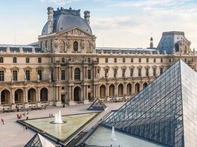 Francia-Paris-Museo-de-Louvre-01