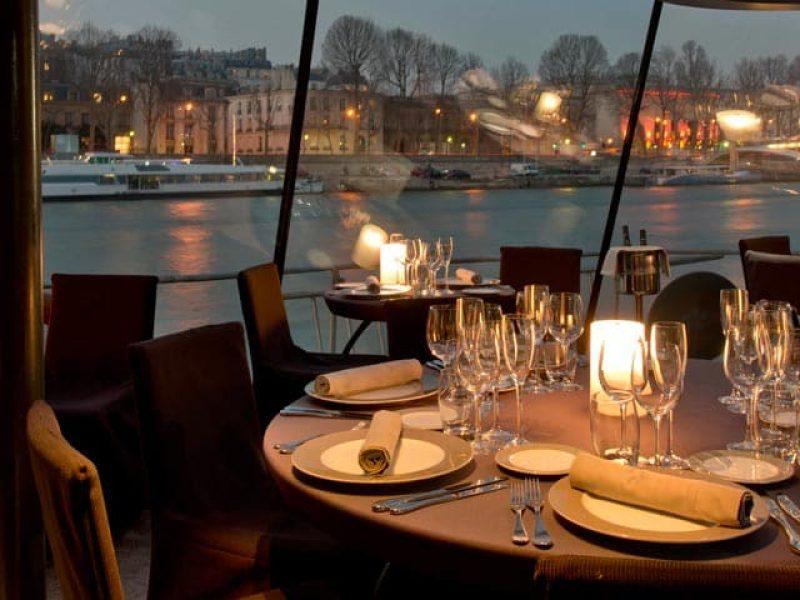 Francia-Paris-Paseo-en-barco-cena-02