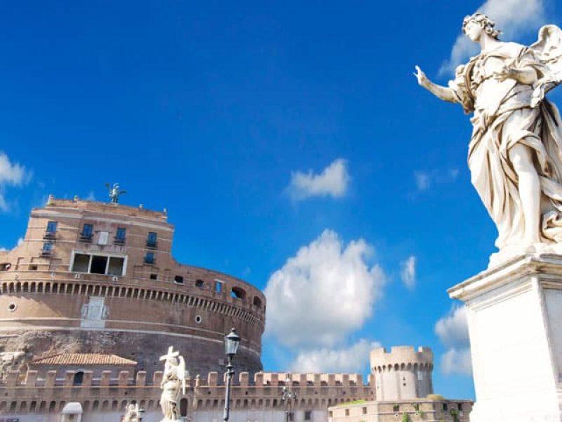 Castillo de Sant'Angelo - Ana y Bern. Tus amigos expertos en Paris y Europa.